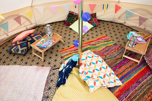 Chill Out & Party Spaces